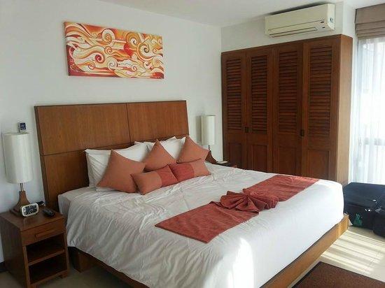 Dewa Phuket Resort Nai Yang Beach: Master bedroom