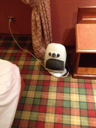 Hotel Rex: Caldo bagno x scaldarsi...