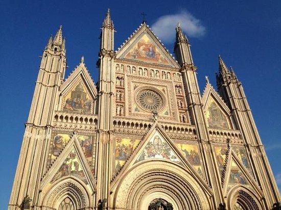 Cappella del Corporale: In Orvieto. Massive.