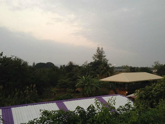 Pong Phen Guesthouse and Bungalows: View from the play area