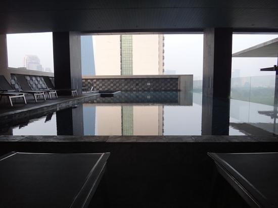 AETAS lumpini: The pool