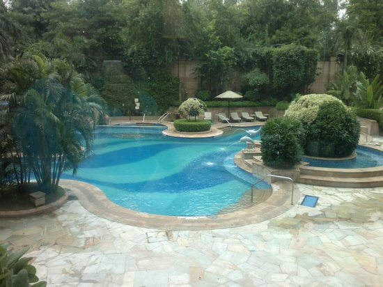 Sheraton New Delhi: View of the pool from Baywatch