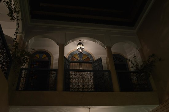 Riad Bel Haj : View up to first floor bedroom from the courtyard