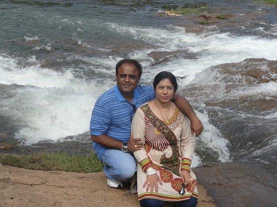 Hotel Lakeview: Pykara waterfalls