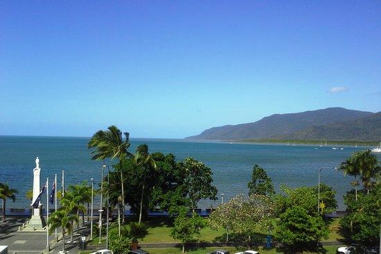 Cairns Aquarius : View