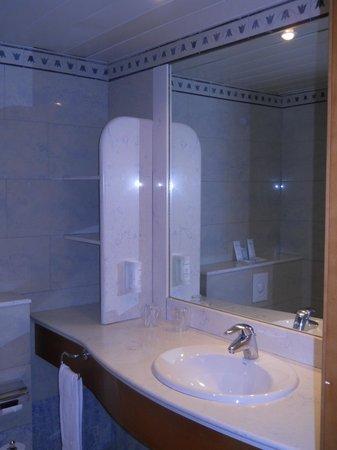 IFA Catarina Hotel: Ванная