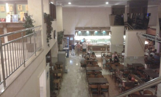 Aparthotel SunClub Salou: Main restaurant area