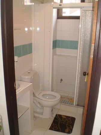 MHC-Guesthouse : bathroom
