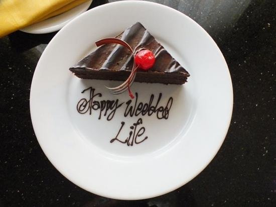 The Gateway Hotel Colombo : Thanks for the cake!