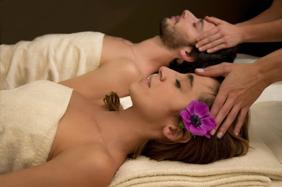 Float in: Love Float - Oriental Massage for couples