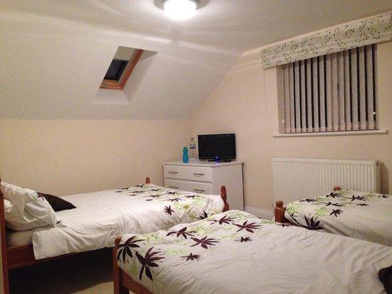 Barn Close : Family room
