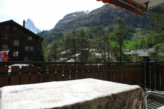 Monazit Zermatt: apartment for 6 people 2. floor south-west