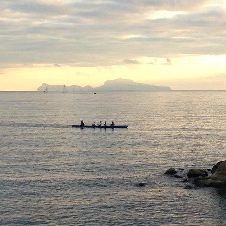 Partenope Relais: Vista para Capri