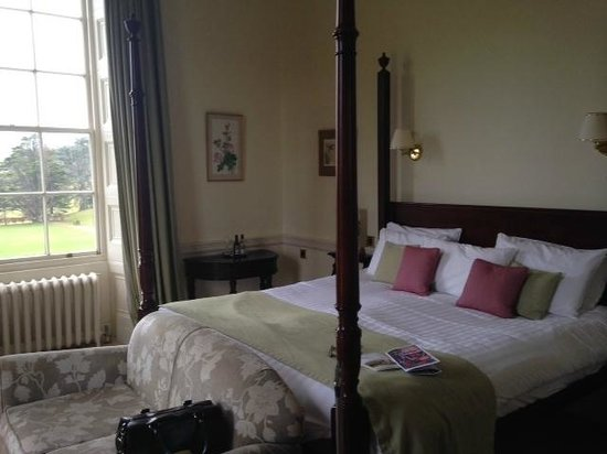 Warner Cricket St. Thomas Hotel: Hudson-Taylor Room