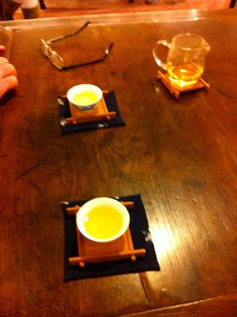 Hong Kong Foodie Tasting Tours: Tea