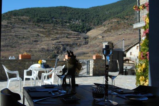 SAÓ Hotel: Vistas en la mesa del comedor