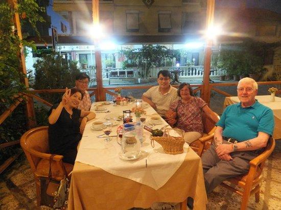 Hotel Efes : Dinner Served, in a summer night at Efes