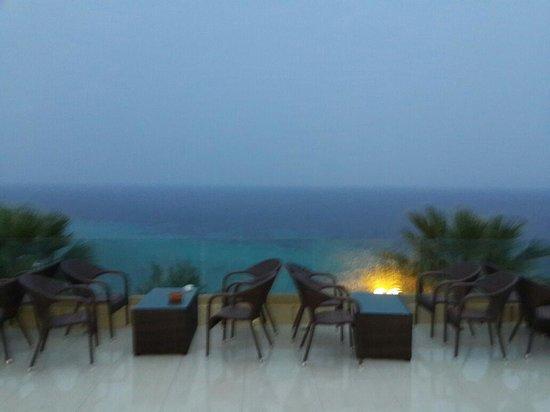Aristoteles Beach Hotel : Погода испортилась