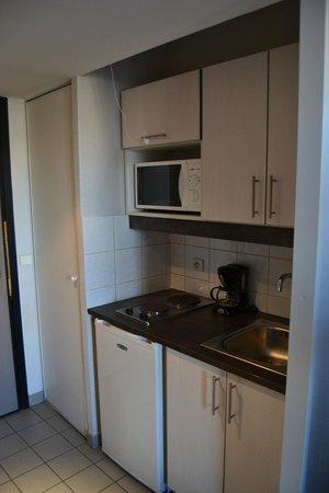 Residence Hoteliere Temporim Part Dieu: cucinino