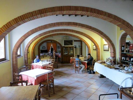 Albergo la Foresteria: Trattoria and breakfast room