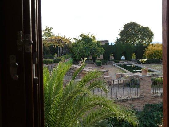 Parador de Granada: The view from our bedroom window