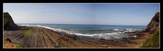 Casa Rural Jesuskoa: Playa de Zumaia a pocos kilometros de la Jesuskoa