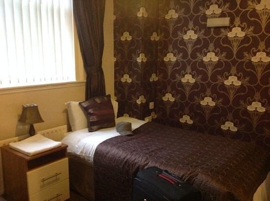 Dublin 1 Apartments: Schlafzimmer mit Bad