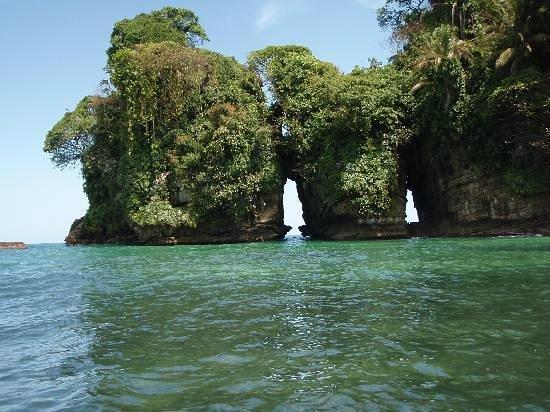 Isla Zapatillas : Pincelada de Dios