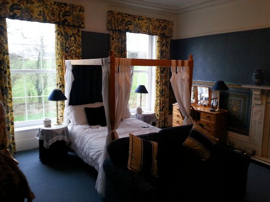 Torrs Warren Country House Hotel: Royal Blue Suite