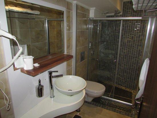 Tamara Residence : Banheiro