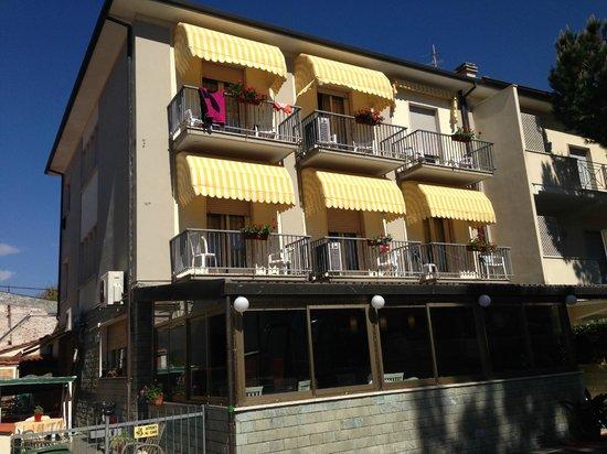 HOTEL LA TERRAZZA Pensione (Lido Di Camaiore, Toscana): Prezzi 2018 ...