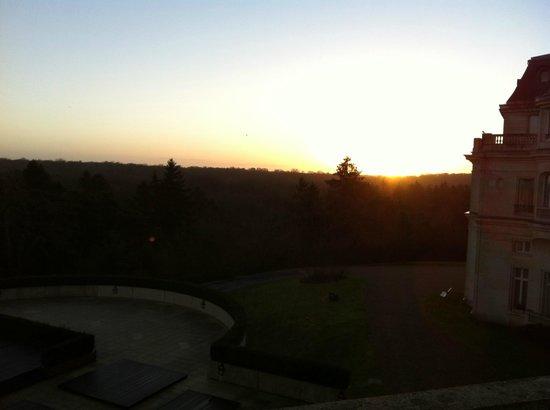 Tiara Chateau Hotel Mont Royal Chantilly : Au levant...
