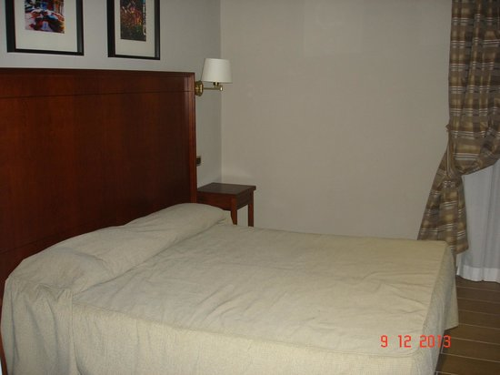 Taormina Hotel: Schönes Bett
