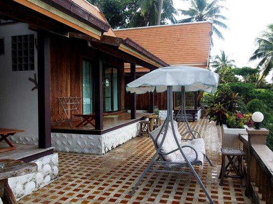 Bhuvarin Resort: Sea view room