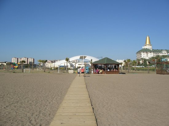 Ramada Resort Lara : Bude für Service...