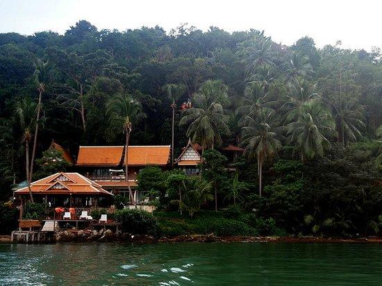 Bhuvarin Resort: The resort, this photo taken on the boat while we were traveling to Klongkloi Beach