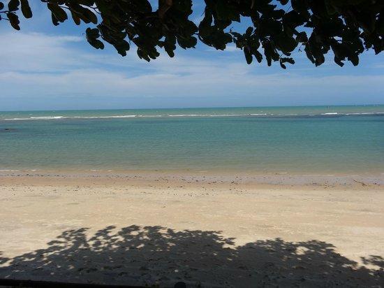 Privillage Praia: Sentados no deck e olhando o mar...