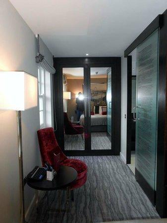 The Greenwich Hotel London: Grande chambre