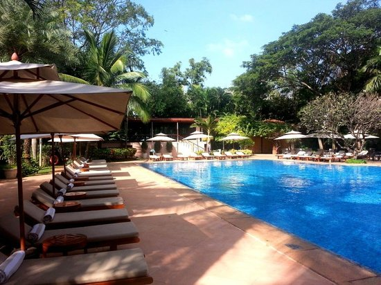 Swimming Pool Picture Of The Leela Palace Bengaluru Bengaluru Tripadvisor