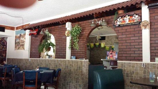 Gordo's Peruvian Restaurant: Inside