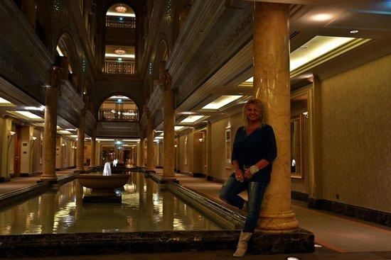 Emirates Palace: un corridoio