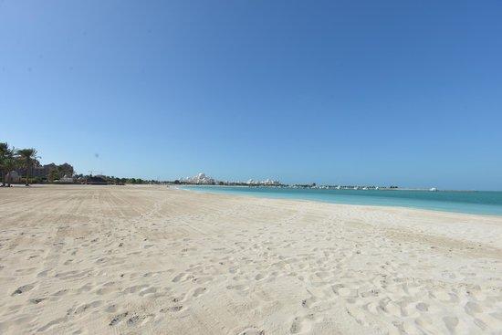 Emirates Palace: uno scorcio della spiaggia