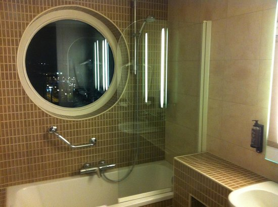 Novotel Brussels Midi Station : Ванная комната