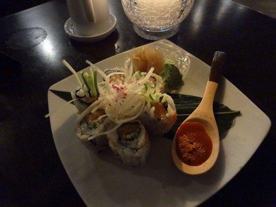 Ginger Sushi Lounge: ここの近くに宿泊しててお寿司屋さんを発見してから気になってたので最後の晩御飯の日に行きました。とてもおいしかったです!!日本人の方が作ってらっしゃってビックリしましたが日本人が少ない土地でした