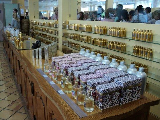Parfumerie Fragonard - L'Usine laboratoire: парфюмерия