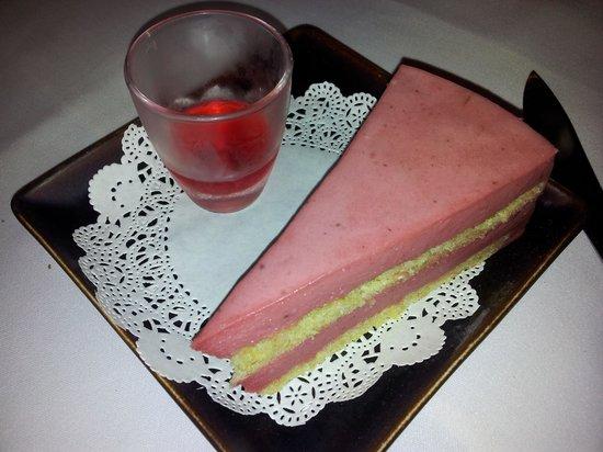 Tara Angkor Hotel : tasty cakes