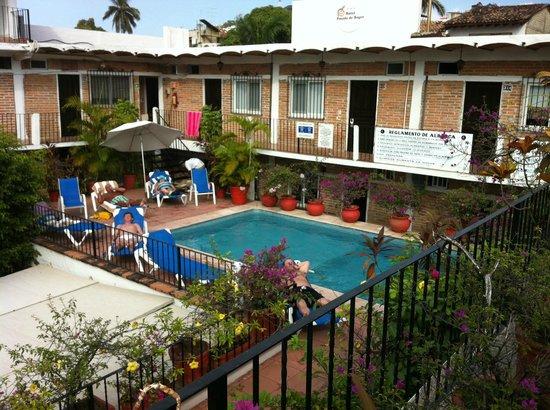 Hotel Posada de Roger: Rooftop pool