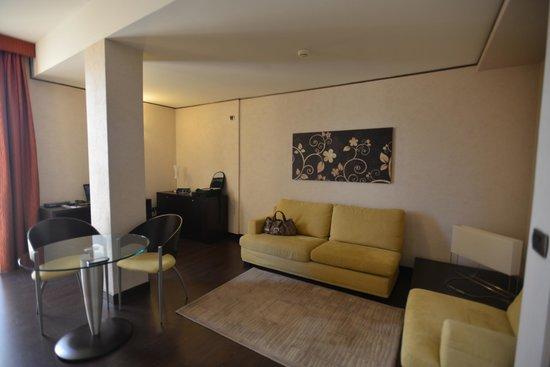 Hotel Valentino: angolo del salotto della ns stanza