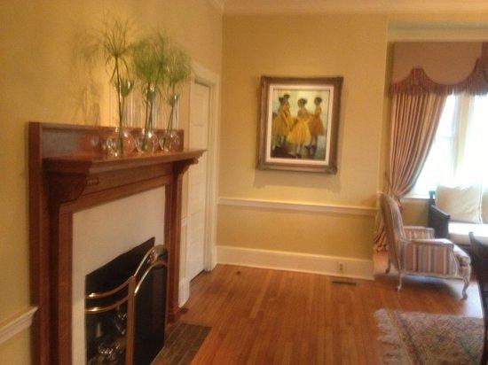 Glen Gordon Manor: Engaged in Dining Room 8/31/13