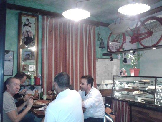 Pizzeria Dal Ciaccia : Amici a cena